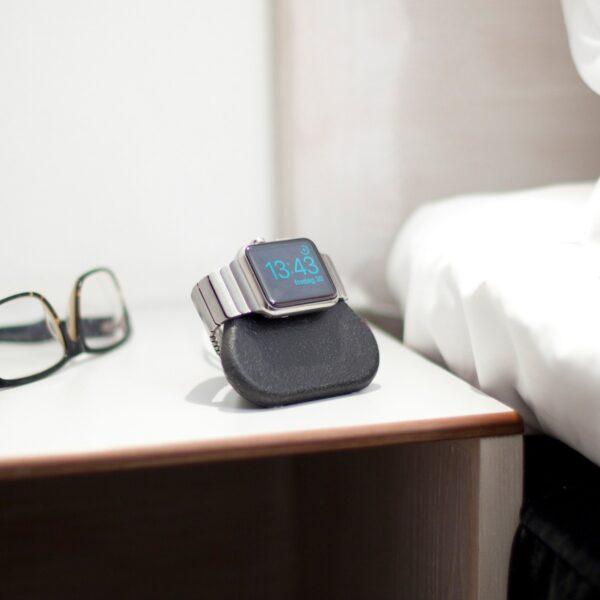 Apple Watch Laddningsstation Bosign Tetra Nightstand