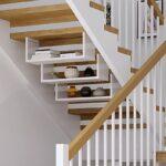 staircase_dshelf